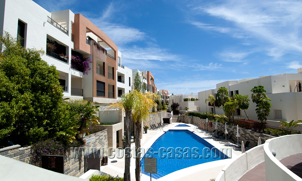 For Sale: Modern Luxury Apartment in Marbella with spectacular sea view 27387