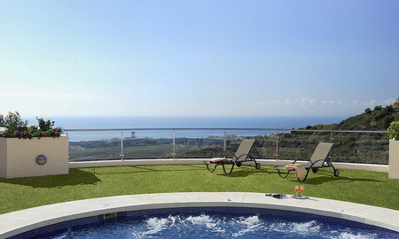 For Sale: Modern Luxury Apartment in Marbella with spectacular sea view 27409