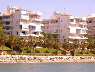 Beachfront apartment for sale, centre Marbella 1