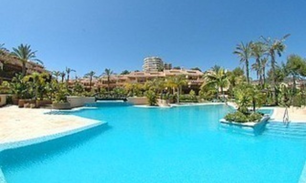 Apartment for sale at Rio Real golf, Marbella 1