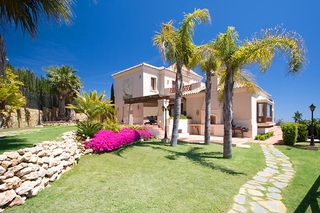 Newly built luxury villa for sale in Marbella east 2