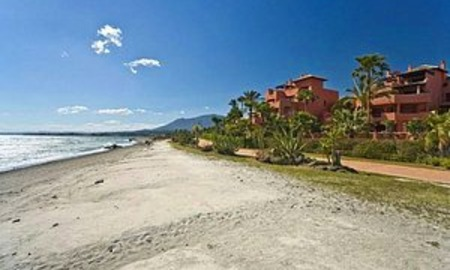 Frontline beach Penthouse apartment for sale, New Golden Mile, Marbella - Estepona 4
