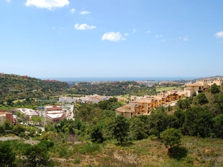 Bargain. Modern new apartment for sale, Marbella - Benahavis 12