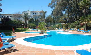 Beachside apartment for sale, 2nd line beach, Puerto Banus - Marbella 6
