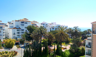 Beachside apartment for sale, 2nd line beach, Puerto Banus - Marbella 1