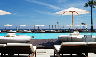Beachside apartment for sale, 2nd line beach, Puerto Banus - Marbella 20