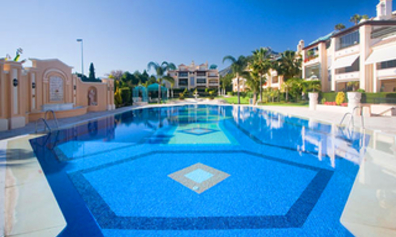 Luxury penthouse apartment for sale, Golden Mile, Marbella 8