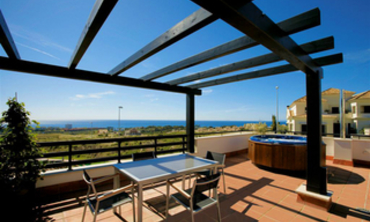 Luxury apartments for sale at Golf resort, Marbella east 2