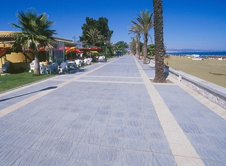 Apartment for sale, Beachfront - frontline beach boulevard complex, San Pedro - Marbella 2