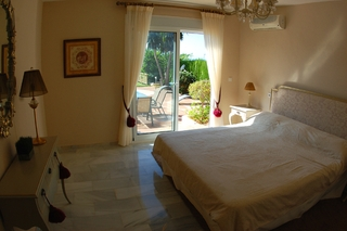 Villa to buy in Elviria at Marbella on the Costa del Sol, Spain 11