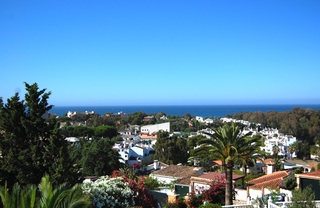 Villa to buy in Elviria at Marbella on the Costa del Sol, Spain 1
