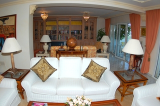 Double apartment for sale in Playas del Duque – Beachfront Puerto Banus - Marbella 6
