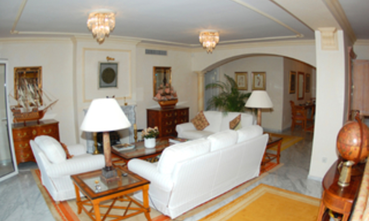 Double apartment for sale in Playas del Duque – Beachfront Puerto Banus - Marbella 8