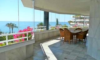 Beachfront apartment to buy, Golden Mile, Puerto Banus - Marbella 1