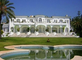 Villa - Palace for sale, Golden Mile - Nueva Andalucia - Marbella