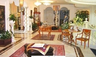 Villa - Palace for sale, Golden Mile - Nueva Andalucia - Marbella 3