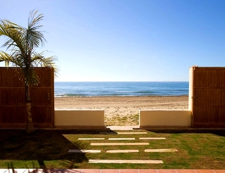 Beachfront villa for sale in Marbella east, Costa del Sol