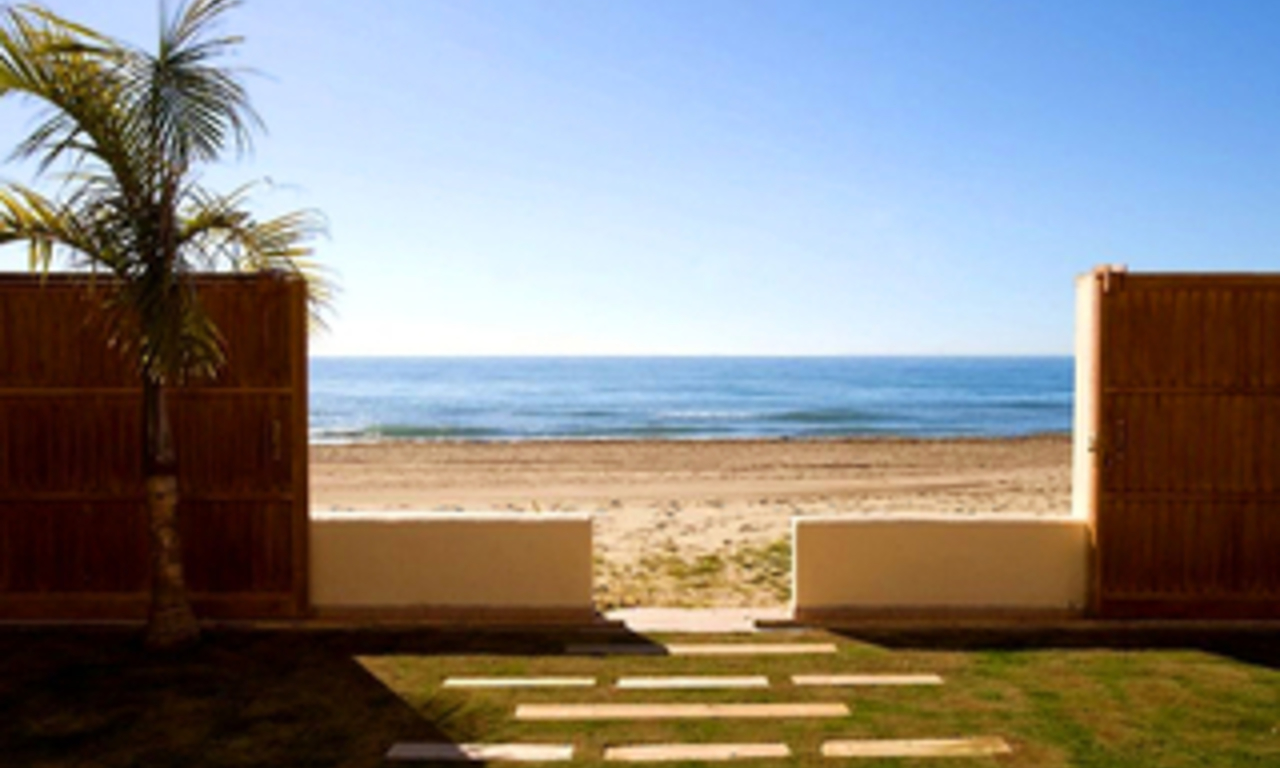 Beachfront villa for sale in Marbella east, Costa del Sol 0