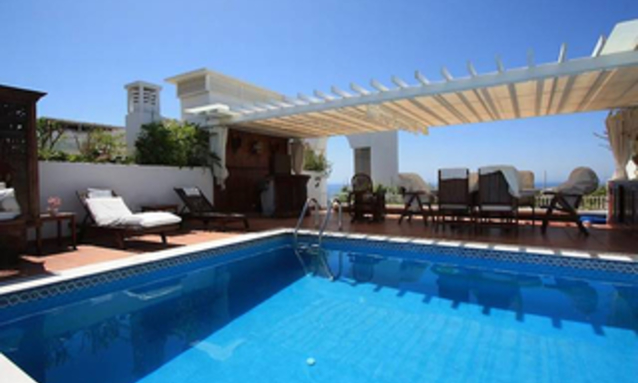 Penthouse apartment with private pool for sale, Golden Mile, Marbella 14