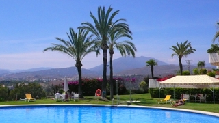 Penthouse apartment with private pool for sale, Golden Mile, Marbella 3