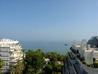 Luxury apartment for sale second line beach, Marbella centre 0