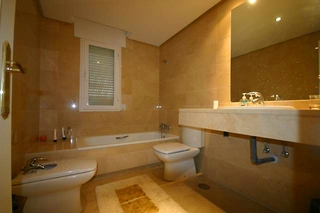 Apartment for sale walking distance from Puerto Banus, Nueva Andalucia, Marbella 12
