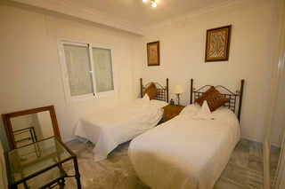 Apartment for sale walking distance from Puerto Banus, Nueva Andalucia, Marbella 10