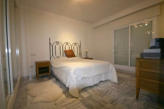 Apartment for sale walking distance from Puerto Banus, Nueva Andalucia, Marbella 11