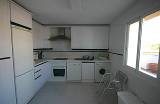 Apartment for sale walking distance from Puerto Banus, Nueva Andalucia, Marbella 9