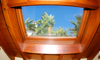 Bargain Beachside Villa for Sale in Marbella East 20