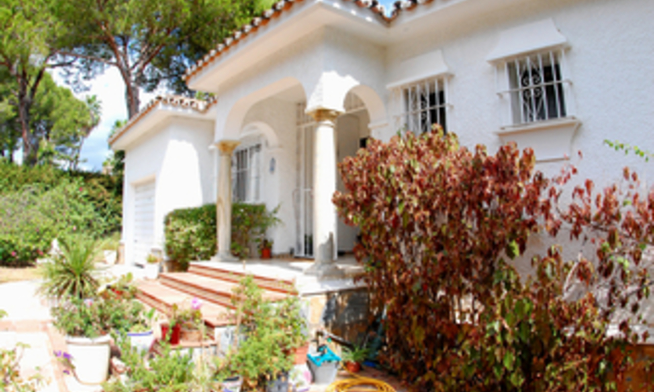 Bargain Villa for sale in Nueva Andalucia, the golf valley of Marbella 4