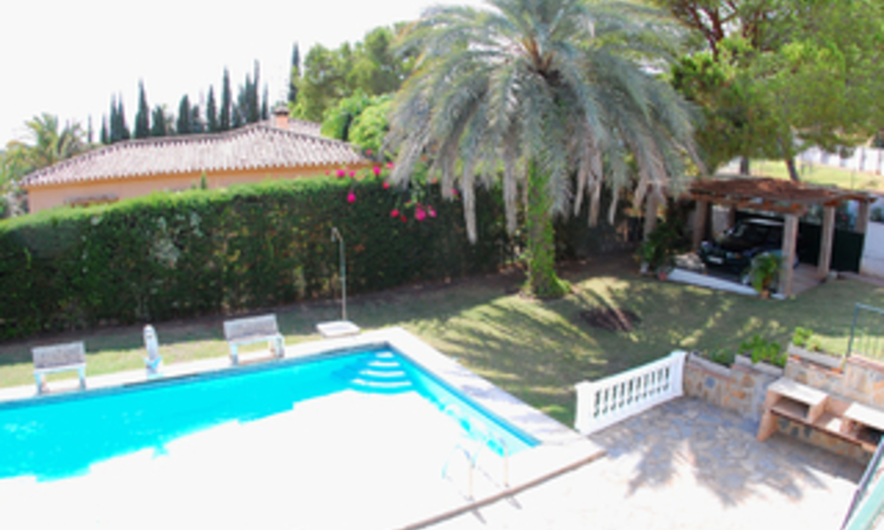 Bargain Villa for sale in Nueva Andalucia, the golf valley of Marbella 9