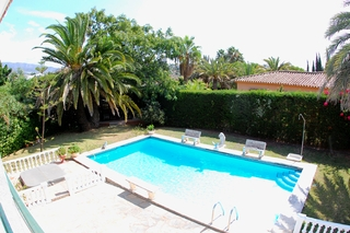 Bargain Villa for sale in Nueva Andalucia, the golf valley of Marbella 10
