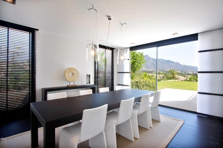 Frontline golf, contemporary villa for sale at Nueva Andalucia - Marbella 11