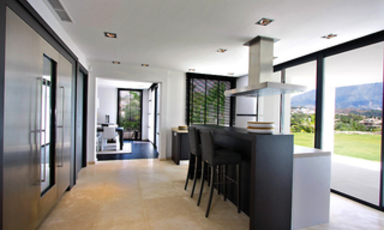 Frontline golf, contemporary villa for sale at Nueva Andalucia - Marbella 12