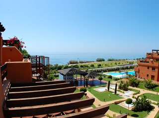 Beachfront apartments and penthouse for sale, Estepona, Costa del Sol