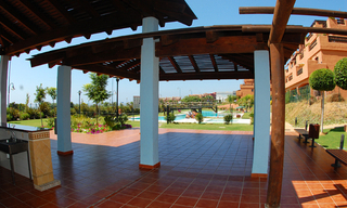 Beachfront apartments and penthouse for sale, Estepona, Costa del Sol 5