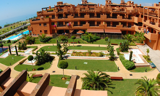 Beachfront apartments and penthouse for sale, Estepona, Costa del Sol 2