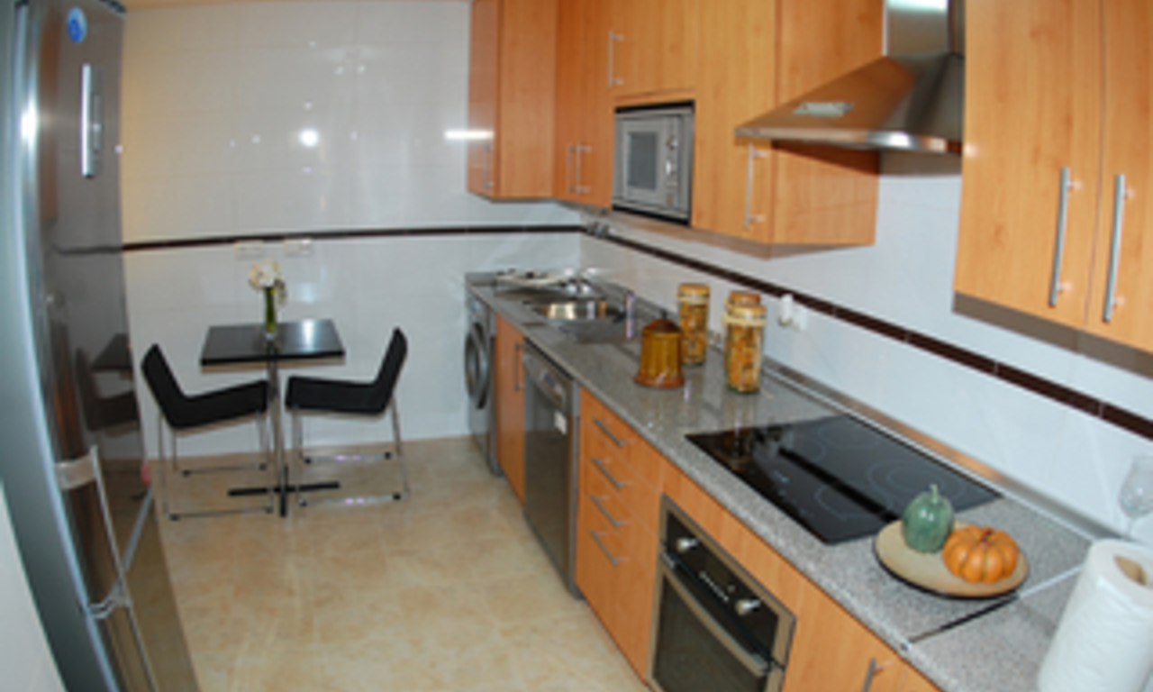 Beachfront apartments and penthouse for sale, Estepona, Costa del Sol 20