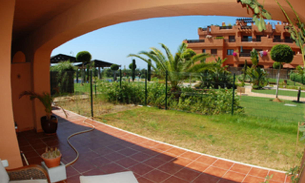 Beachfront apartments and penthouse for sale, Estepona, Costa del Sol 9