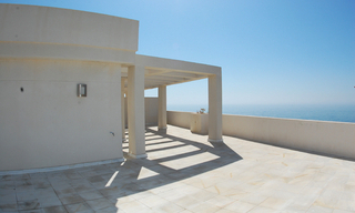 New frontline beach penthouse for sale, on the boulevard in the centre of Estepona 0