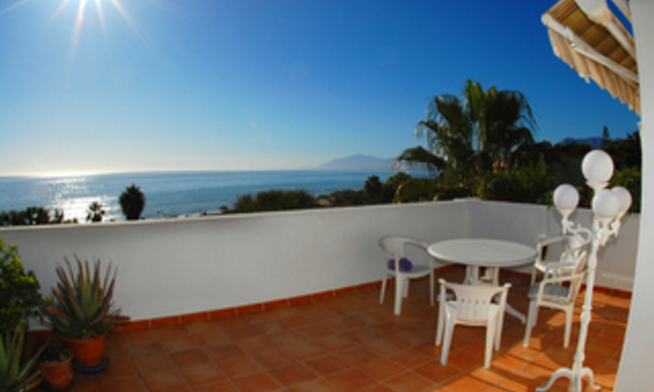 Beachfront penthouse apartment for sale in Elviria, East Marbella 0