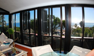 Beachfront penthouse apartment for sale in Elviria, East Marbella 6