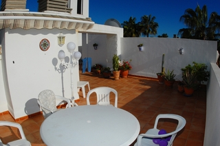 Beachfront penthouse apartment for sale in Elviria, East Marbella 9
