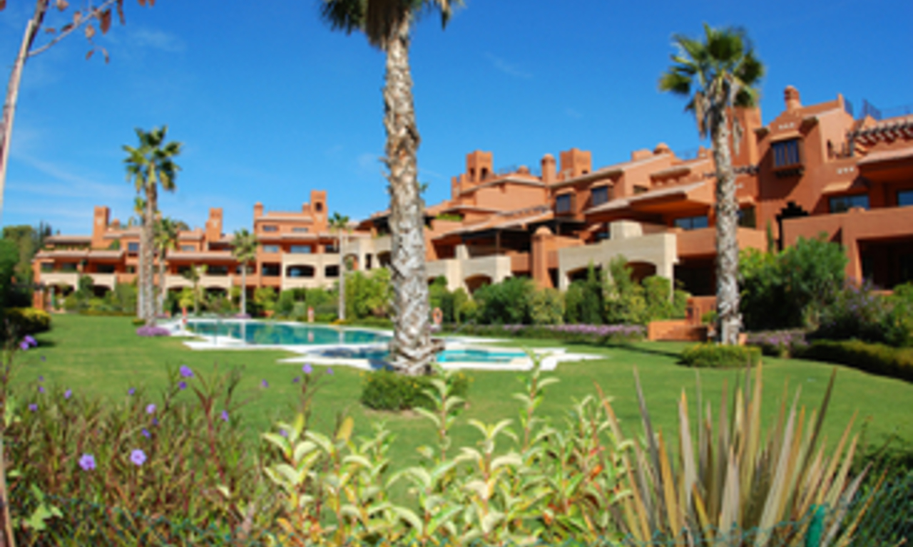 Luxury beachside Apartments and Penthouses for sale, Marbella - Estepona 1