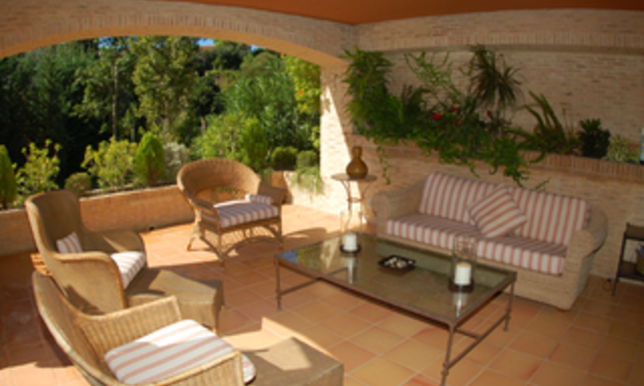 Luxury beachside Apartments and Penthouses for sale, Marbella - Estepona 2
