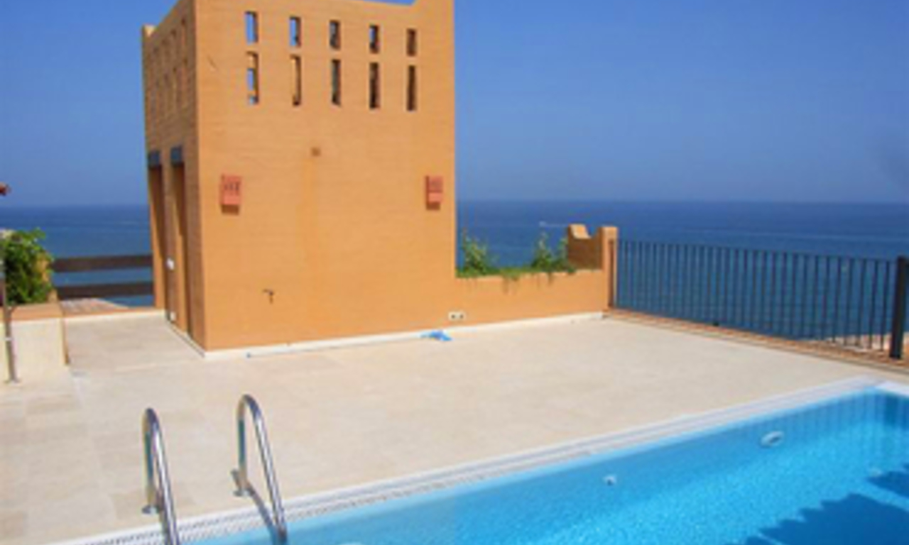 Beachfront luxury penthouse apartment for sale, on the New Golden Mile, between Marbella and Estepona 0