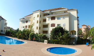 Beachside luxury apartment for sale, Elviria, Marbella east 22