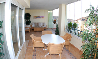 Beachside luxury apartment for sale, Elviria, Marbella east 5