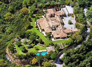Exclusive villa estate for sale in the area Marbella - Benahavis